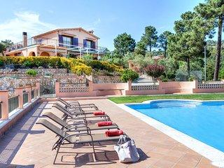 5 bedroom Villa in Montbarbat, Catalonia, Spain : ref 5557178
