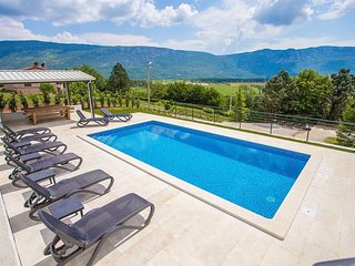 4 bedroom Villa in Pulgarija Cepic, Istria, Croatia : ref 5503321