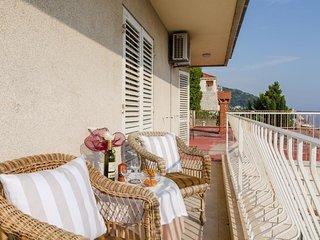 Room Villa Alinda - Suite with Balcony and Sea View (S2)