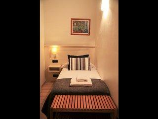 3 bedroom Apartment in Barcelona, Catalonia, Spain : ref 5622250
