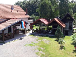 Two bedroom apartment Smoljanac (Plitvice) (A-12345-d)