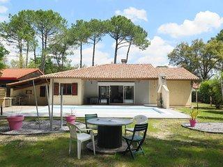 4 bedroom Villa in Vieux-Boucau-les-Bains, Nouvelle-Aquitaine, France - 5475953