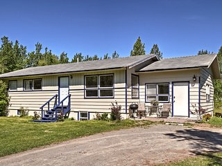 NEW! Central Soldotna Townhouse Near Kenai River!