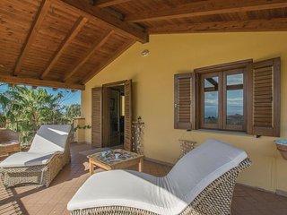 Comfortable Villa in Capo Vaticano