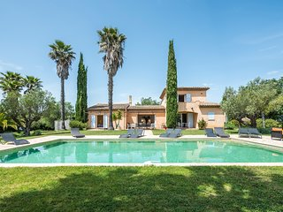 7 bedroom Villa in Ramatuelle, Provence-Alpes-Cote d'Azur, France : ref 5426614