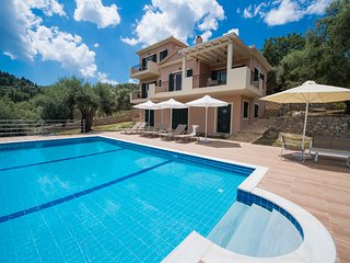 Brand new, private, views, quiet, amenities