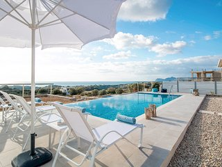 4 bedroom Villa in Afántou, South Aegean, Greece : ref 5635681
