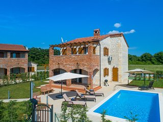 3 bedroom Villa in Juršići, Istria, Croatia : ref 5546893