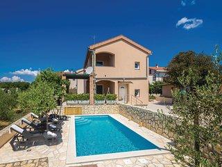 4 bedroom Villa in Pinezići, Primorsko-Goranska Županija, Croatia : ref 5551508