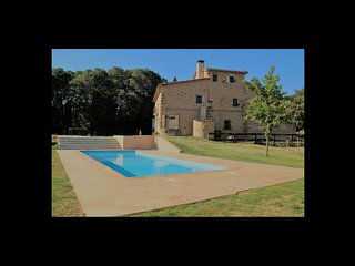 4 bedroom Villa in Terradelles, Catalonia, Spain - 5622324