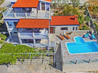 Seaside luxurious Villa 'Lara'