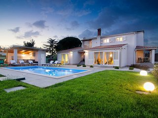 4 bedroom Villa in Fondole, Istria, Croatia : ref 5624475