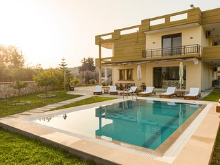 4 bedroom Villa in Afántou, South Aegean, Greece : ref 5635679