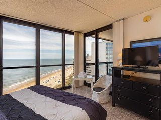 Remodeled oceanfront paradise w/beach access & resort amenities such as pools!