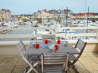 3 bedroom Apartment in Cabourg, Normandy, France - 5514860