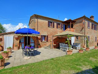 5 bedroom Villa in Battifollo, Tuscany, Italy : ref 5512605