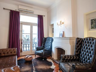 Elegant 2 Bedroom Apartment in Recoleta