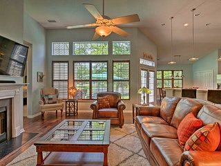 NEW-Charleston Home w/Pool & Fishing Lake Access