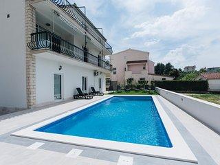 Villa J&D