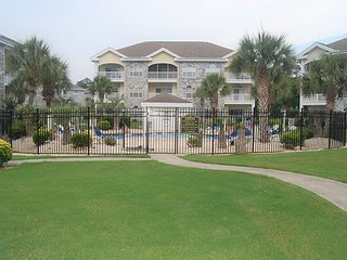 2 Bedroom 2 Bath unit New to Rentals.