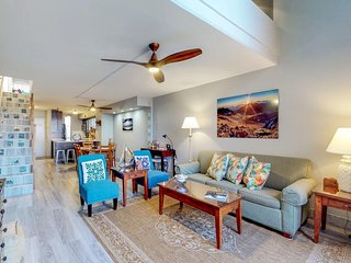 Remodeled oceanview condo with beach access, resort pool, & hot tub