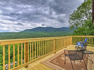 NEW! North Conway Family Condo w/Moats Mtn. Views!