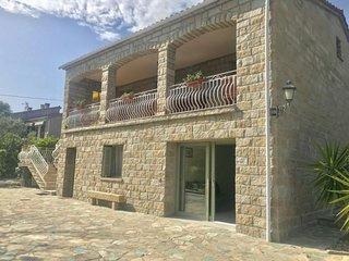 Agence Propriano Location : Appartement T3 dans une résidence calme proche plage