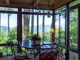 NEW LISTING! Charming mountain cottage w/ furnished decks offering amazing views