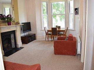 London Victorian Apartment in Fantastic Neighbourhood
