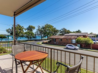 Welcoming, Stylish, Air Conditioned Unit - 5/59 Welsby Pde, Bongaree