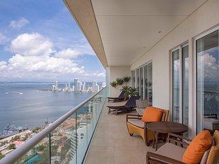 Astonishing Views Penthouse at H2/ HYATT Cartagena