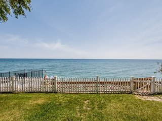 NEW! Lexington House w/ Fire Pit on Lake Huron!