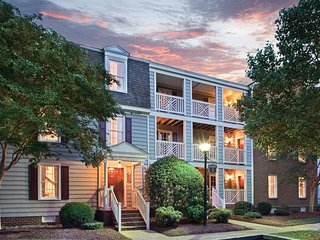 Wyndham Kingsgate : 1-Bedroom with Kitchenette, Sleeps 4.