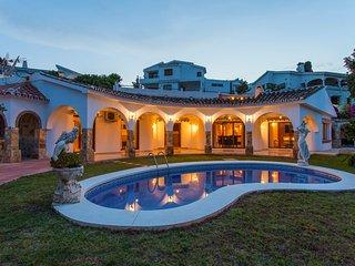Villa Arroyo
