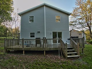 THANKSGIVING AND NEW YEAR IN HUGE 5 BR NEAR MT.POCONO & CAMALBACK SKI AREA