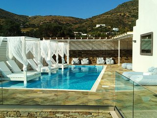 Andros Luxury House (5 Adults with Sea View)