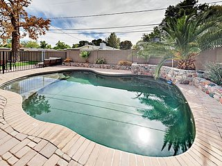 Arcadia Oasis - 4BR w/ Private Fenced Pool, Terrace & Ultra-Comfortable Beds
