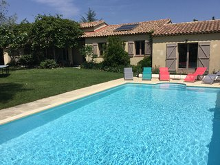 LS1-311 AUPIHO Very Pretty house with pool in Saint Rémy de Provence