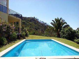 Villa Safarujo, com piscina