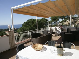Villa Ines - Lloret de Mar - Villa for 10 persons with seaview and swimmingpool