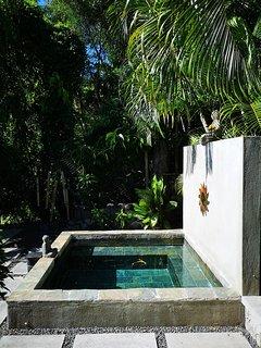 Villa de la Vallee with private plunge pool close to Port Mathurin, wifi