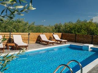 Natura Verde- 2 bedroom villa Klelia with Private Pool