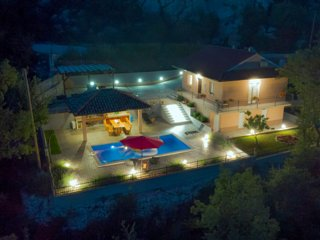 Villa with private pool, peaceful oaza united with nature