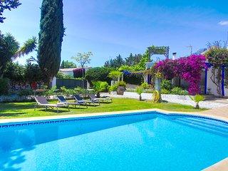 1116 Cozy Andalusien Villa Marbella Center 300m > Beach