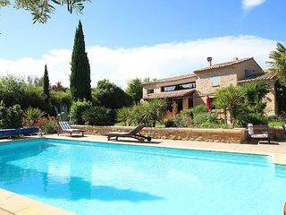 Superb villa in Castillon-du-Gard, pool house and private pool