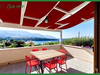 SC027V  App.in villa 6 posti letto con vista mare Guidaloca