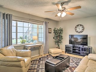 NEW! Updated Kissimmee Condo 20 Mins to Disney!