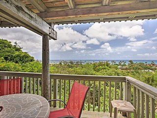 North Shore Cottage w/Views - Walk to Sunset Beach