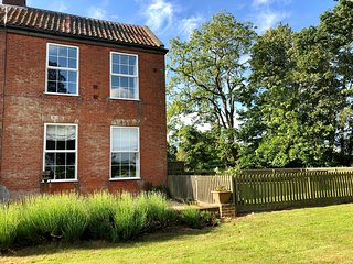 Glebe Cottage - Glebe Farm Holiday Cottages