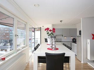 Loft for 3 with amazing view in modern Almere!